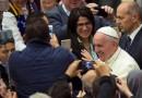 """""""No se puede hablar de educación católica, sin hablar de humanidad"""", el Papa a los educadores católicos"""