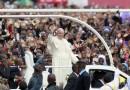Bangui es la capital espiritual de la misericordia del Padre, dijo el Papa en la apertura de la Puerta Santa de la Catedral