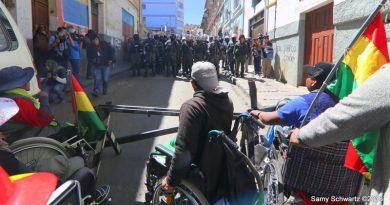 A más de una semana en La Paz Discapacitados extreman medidas