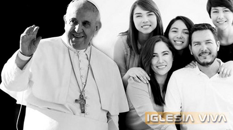 """""""Vocación y Misión de la Familia en la Iglesia y el Mundo"""""""