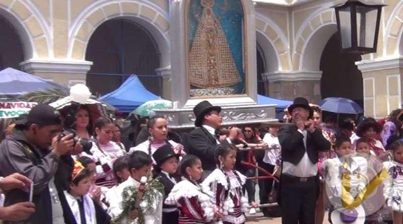 Sucre: Feria soy qharapanza a morir organizada por el Colegio Don Bosco