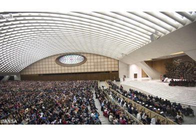 """""""El amor de Dios es la raíz de la esperanza cristiana"""", el Papa en la catequesis"""