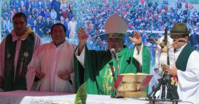 Mons. Aparicio: Somos testigos no sólo de palabras, sino de obras
