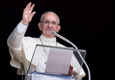 Ángelus del Papa: Jesús dice a todos ¡ánimo, ven a mí!