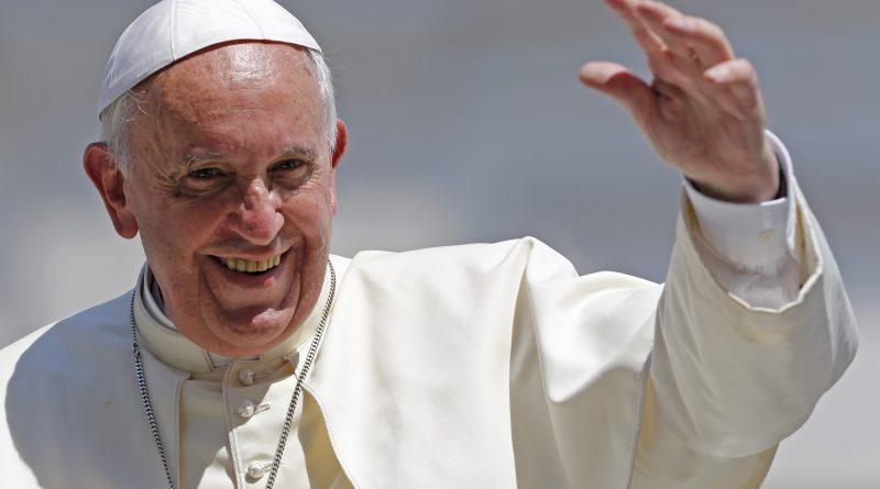 """Catequesis del Papa: """"Jesús nos dice: levántate, ven, ten encendida en tu corazón la llama de la fe"""""""