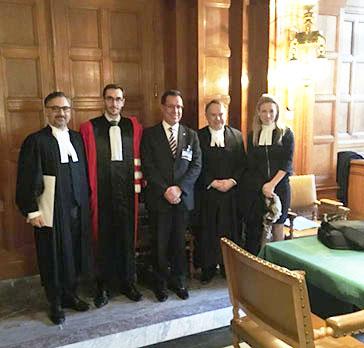 El Rector Nacional y dos académicos de la U.C.B. asisten a los alegatos orales en La Haya