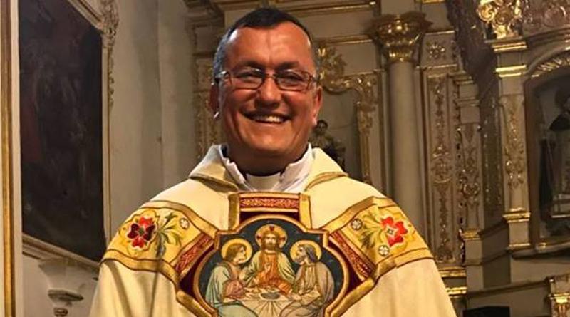 Sucre: Treinta Aniversario de Ordenación Sacerdotal Del Padre Enrique Quiroga Cívera