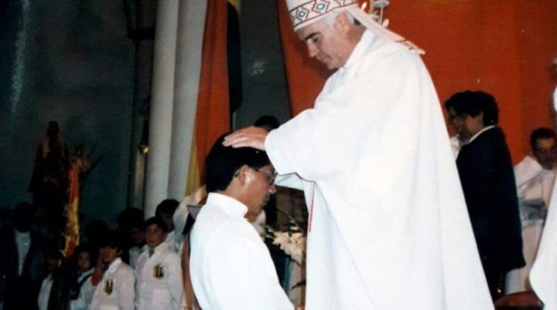 Padre Guillermo Siles celebra sus 'Bodas de Plata Sacerdotales'